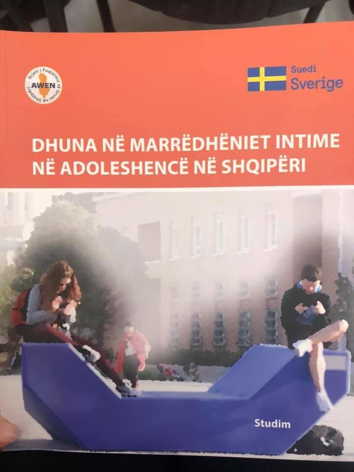 Dhuna ne marredheniet intime ne adoleshence ne Shqiperi